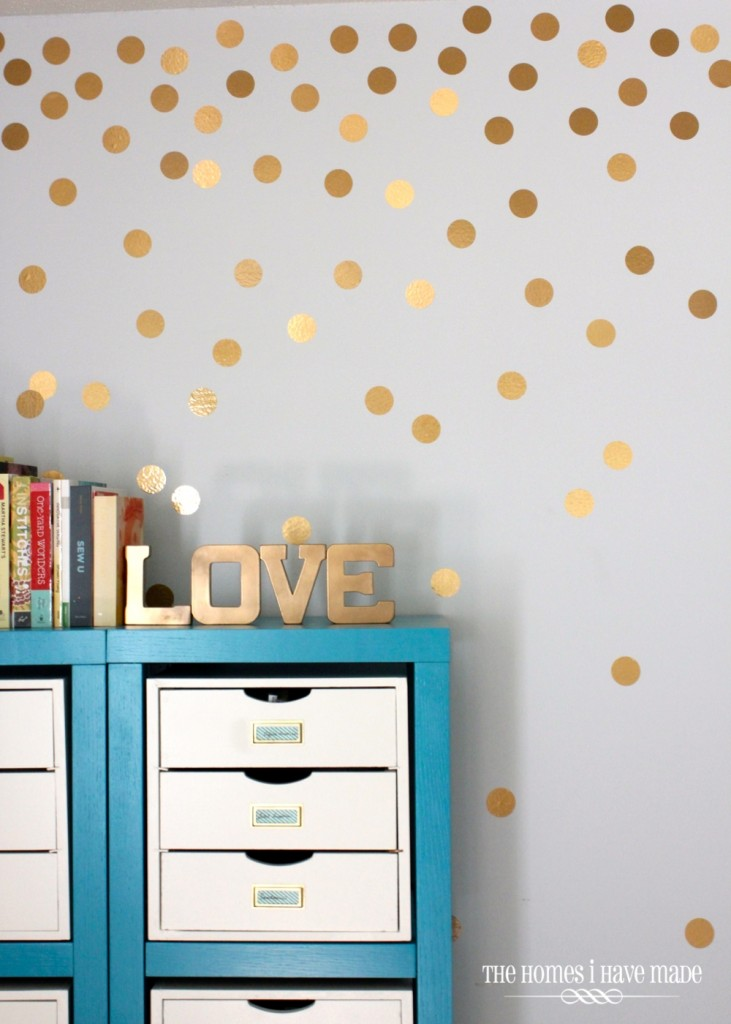 Gold Dot Wall by thehomesihavemade.com