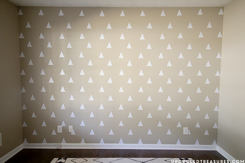 DIY Triangle Accent Wall from upcycledtreasures.com