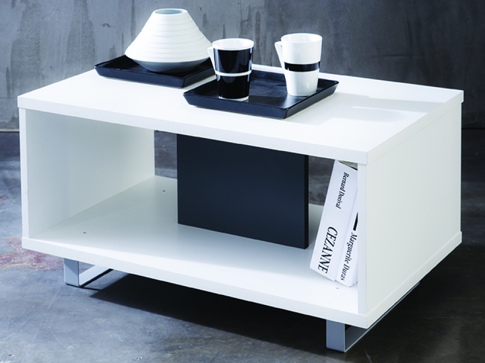 White Gloss Coffee Table © FADS